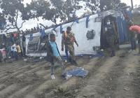 Tenía que ser un autobús: Cinco muertos y varios heridos por «accidente» en la carretera Sánchez