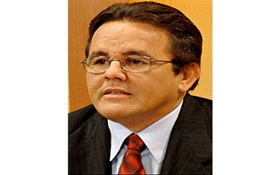 «Abinader enfrenta problemas con determinación para superar la situación»: exsenador Tito Hernández