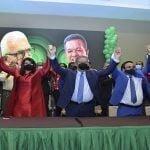 Colmado de Danilo con tramos vacíos: Serulle, diputada Aybar y 21 presidentes CI se juramentan en la FP