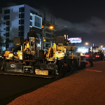 Obras Públicas continúo esta noche asfaltado de la Avenida 27 de Febrero de la capital; Vídeos