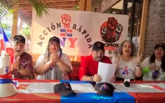 Dominicanos en el exterior se suman a «Fuera Macarrulla» este domingo en la Plaza de la Bandera; Vídeos