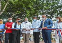 ADN y BanReservas entregan remozado el Parque Eduardo Abreu en San Carlos