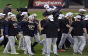 Astros de Houston envían a mejor vida a los Medias Blancas de Chicago y van a la Serie de Campeonato